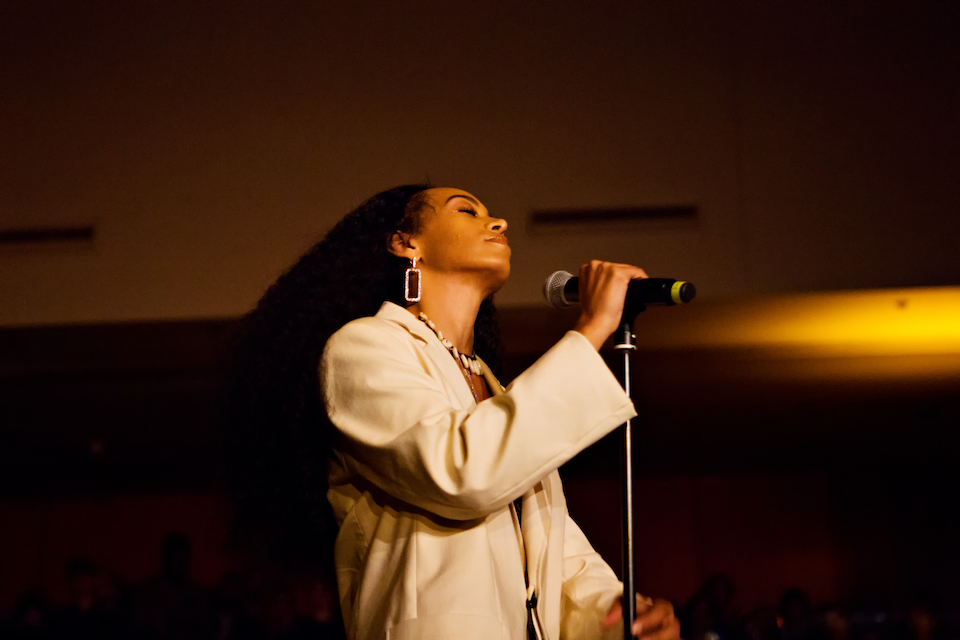 Solange performing at Devotional Sound (photo by Mary Kang)